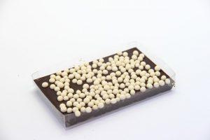 Czekolada gorzka z ciasteczkowymi kuleczkami